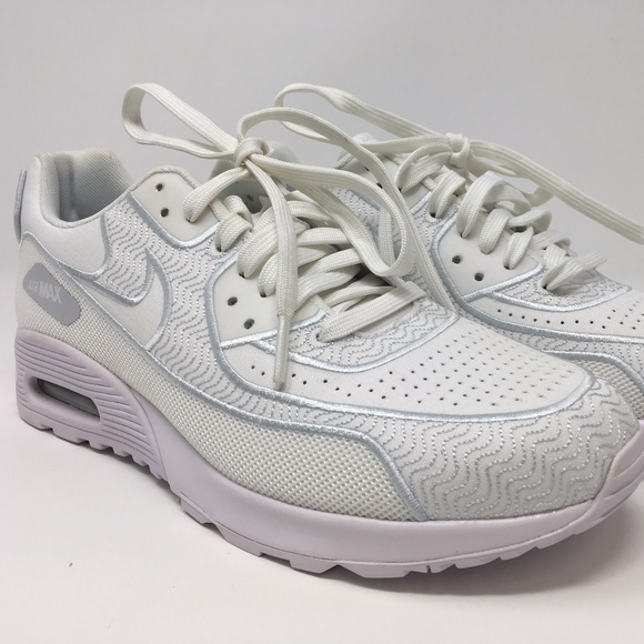 info for f324d d6fd2 Nike Women's Air Max 90 Ultra 2.0 SI White Size 8